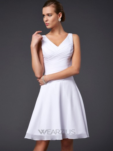 A-Line/Princess V-neck Sleeveless Chiffon Pleats Knee-Length Dresses