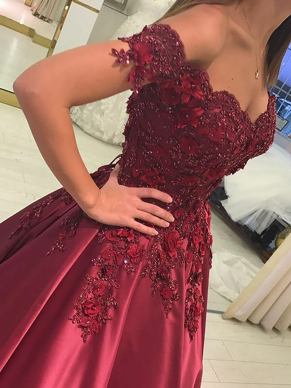 Floor-Length Ball Gown Off-the-Shoulder Sleeveless Satin Dresses with Applique