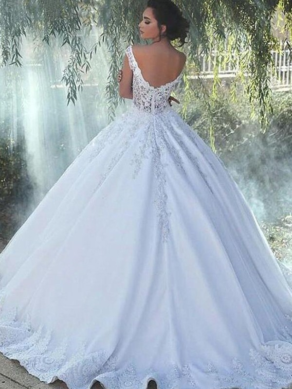 Ball Gown Scoop Sleeveless Satin Sweep/Brush Train Lace Wedding Dresses