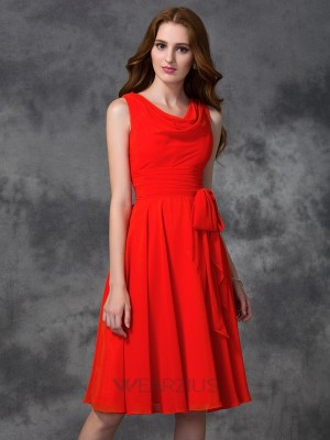 A-line/Princess Scoop Sleeveless Chiffon Ruffles Knee-length Bridesmaid Dresses