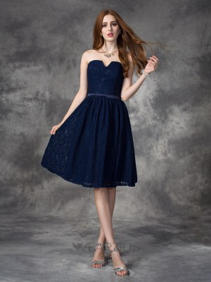 A-line/Princess Sweetheart Sleeveless Lace Knee-Length Bridesmaid Dresses