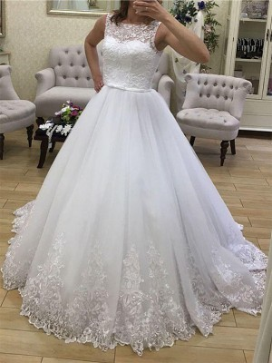 Ball Gown Scoop Sleeveless Tulle Applique Court Train Wedding Dresses