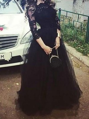 Ball Gown Bateau 3/4 Sleeves Lace Floor-Length Tulle Dresses
