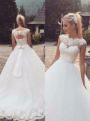 Ball Gown Bateau Lace Tulle Sleeveless Court Train Wedding Dresses