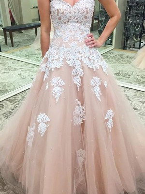 Ball Gown Sweetheart Sleeveless Tulle Applique Floor-Length Dresses