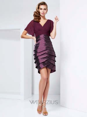 A-line/Princess V-neck Short Sleeves Tiered Taffeta Mother of the Bride Dresses