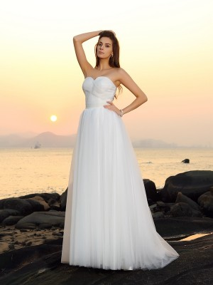 A-Line/Princess Sweetheart Sleeveless Sweep/Brush Train Net Wedding Dresses