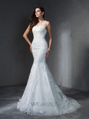 Trumpet/Mermaid Scoop Sleeveless Lace Applique Court Train Wedding Dresses