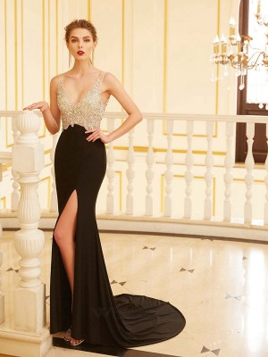 Sheath/Column V-neck Sleeveless Spandex Beading Sweep/Brush Train Dresses