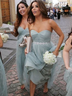 A-Line/Princess Sweetheart Sleeveless Beading Tulle Floor-Length Bridesmaid Dresses